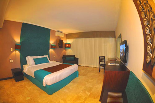 The White Rose Bali Delux Room